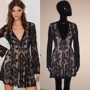 Honey Punch Nasty Gal Lace Nude Dress Small